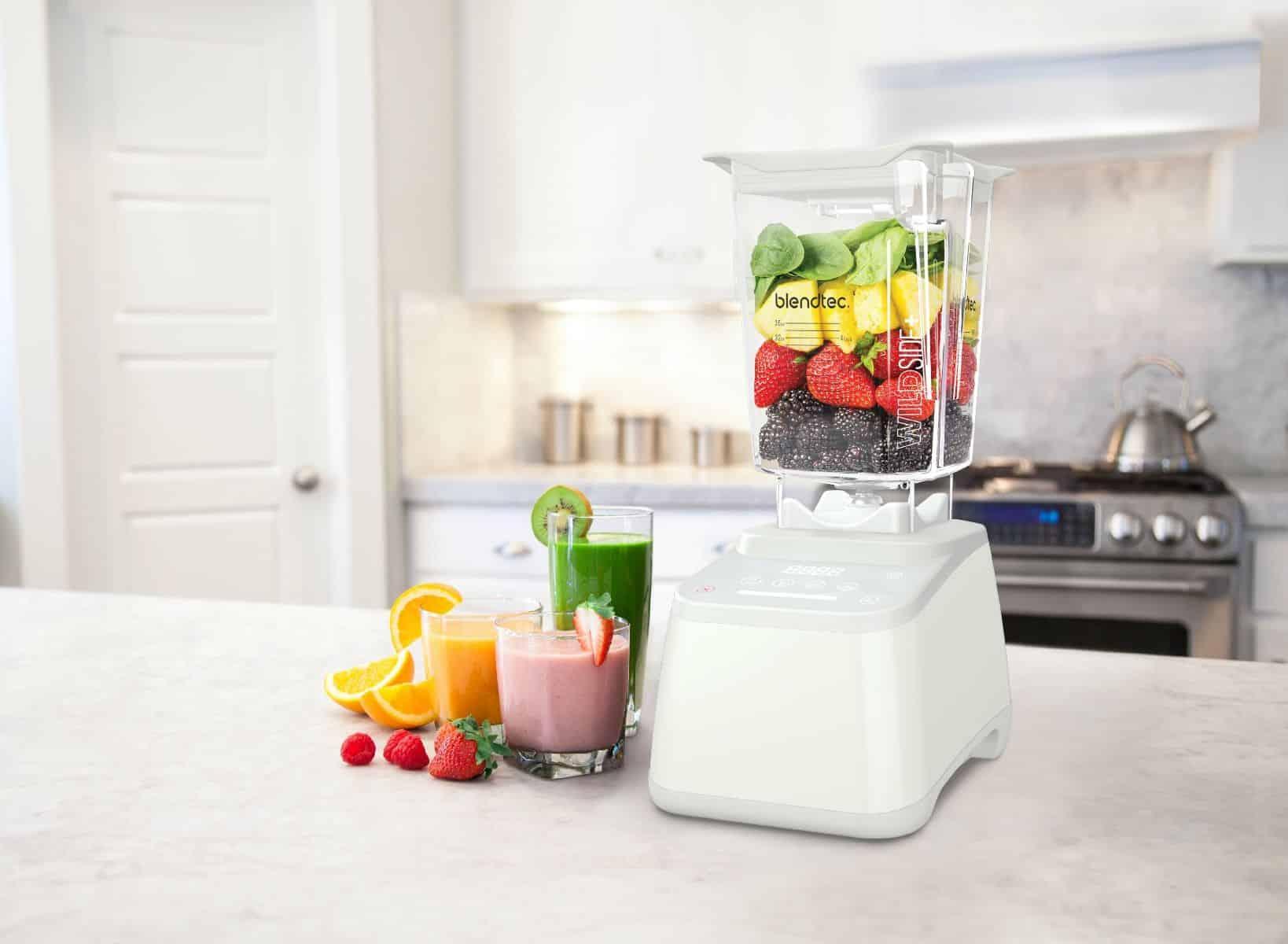 Jeśli marzysz o przygotowaniu idealnie zblendowanego koktajlu, bez żadnych wyczuwalnych kawałków owoców czy warzyw, o aksamitnej konsystencji postaw na blender kielichowy wyposażony w wysokie obroty.